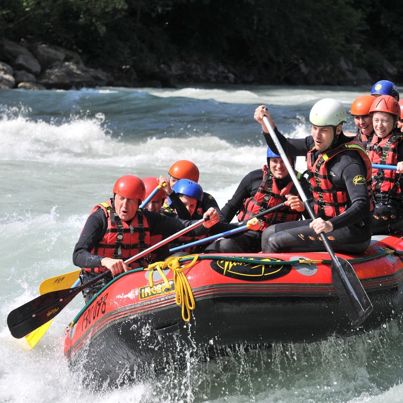 RAFTING - TEAM BUILDING IN AUSTRIA