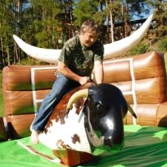 eventy a firemní akce - rodeo býk