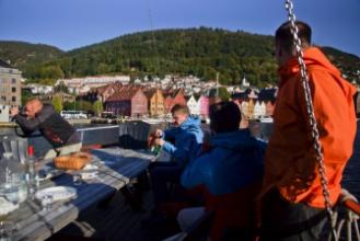Bryggen - výhled za paluby